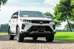 Minat Dengan Toyota Fortuner Versi Facelift 2021 Yang Satu Ini?