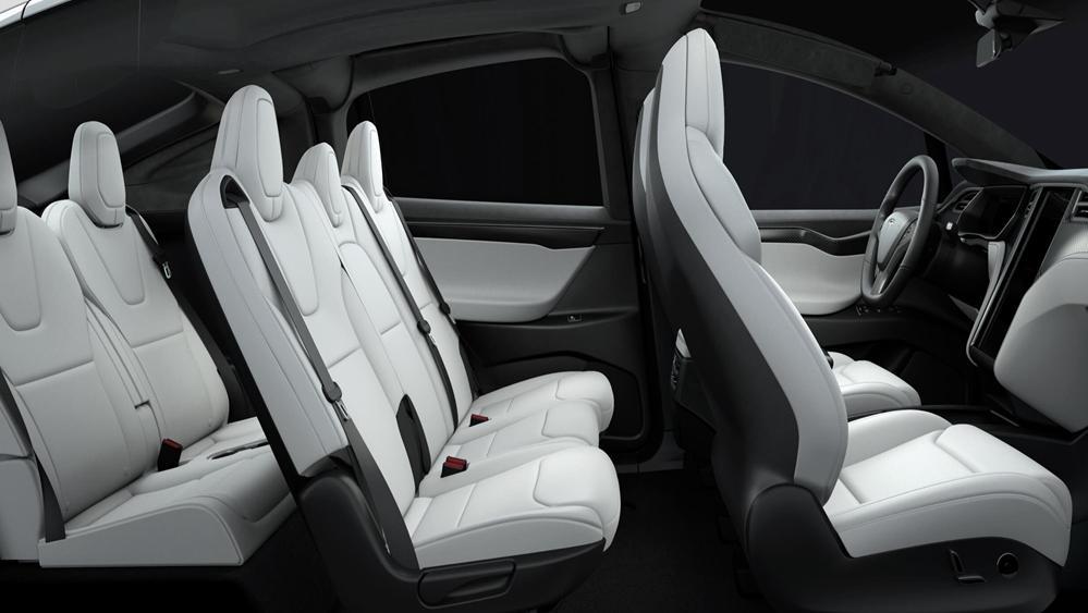 Tesla Model X 2019 Interior 009