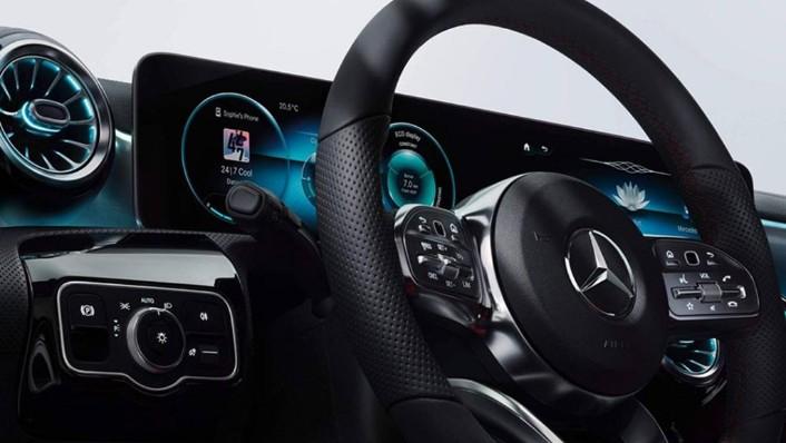 Mercedes-Benz A-Class 2019 Interior 002