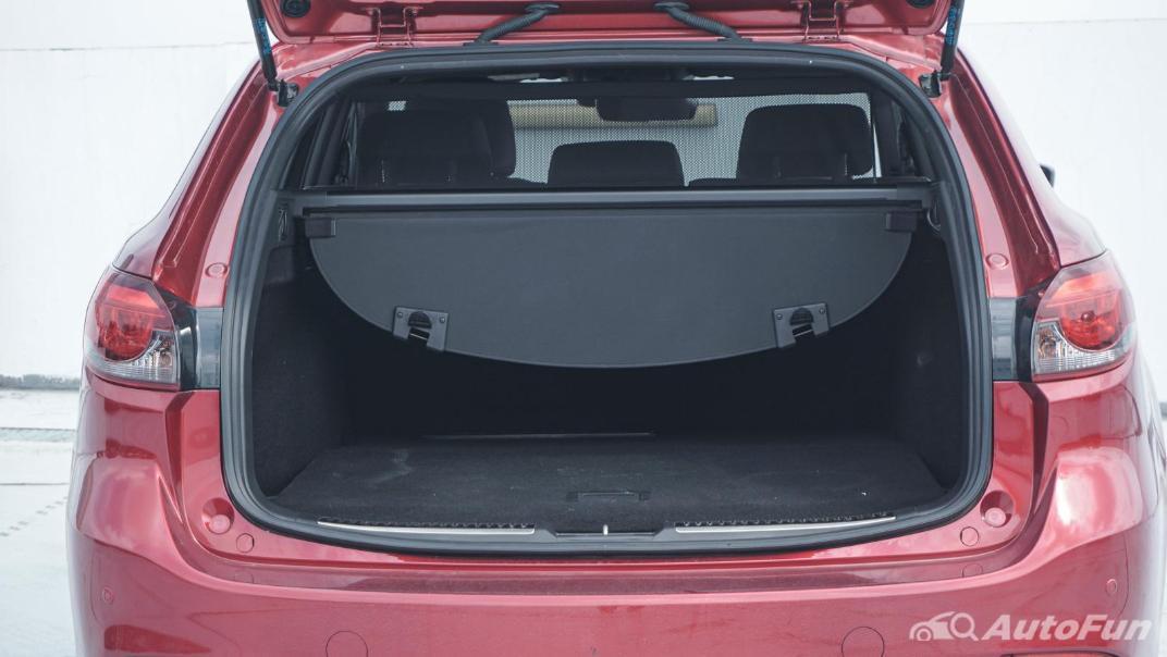 Mazda 6 Elite Estate Interior 083
