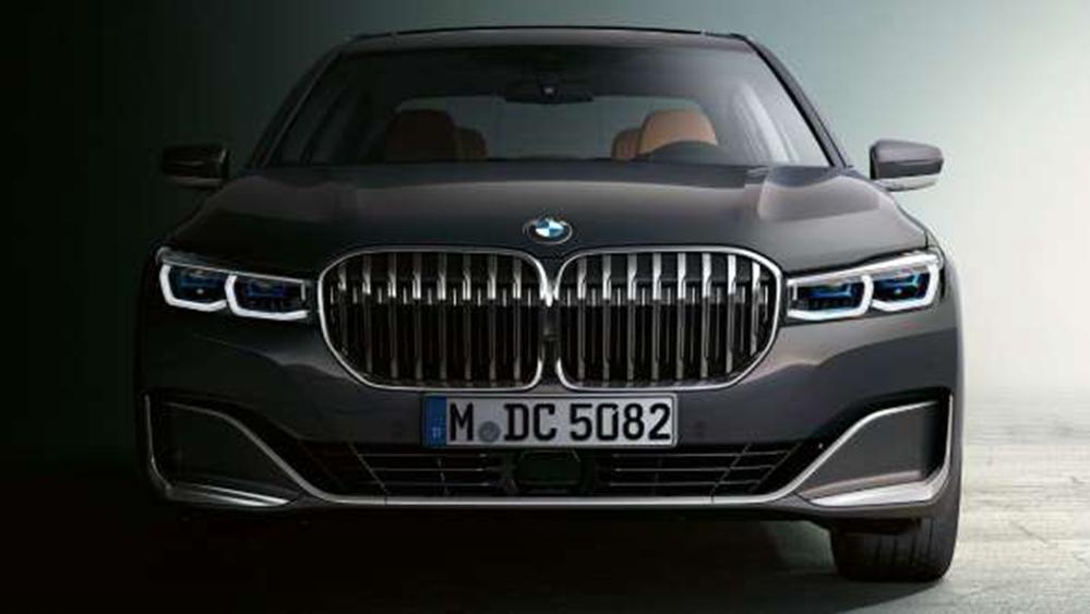 BMW 7 Series Sedan 2019 Exterior 015
