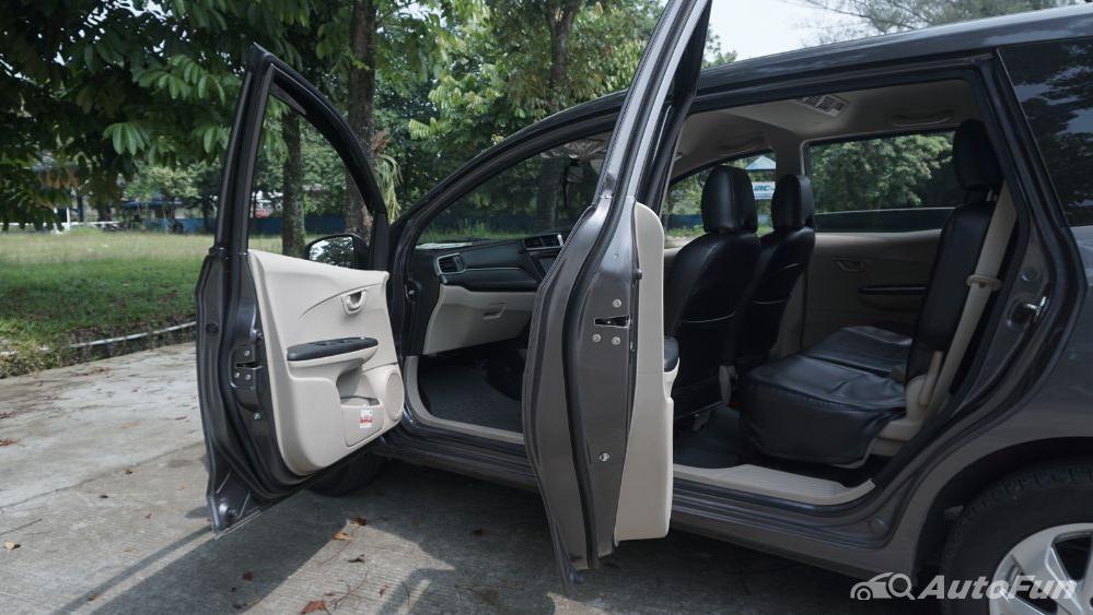 Honda Mobilio E CVT Interior 033