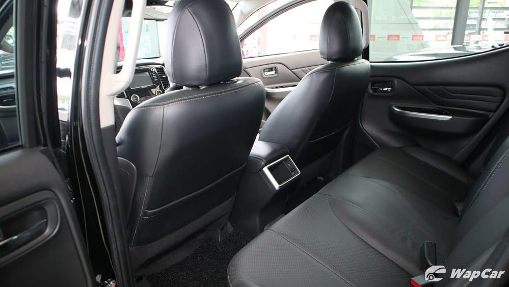 Mitsubishi Triton 2019 Interior 034