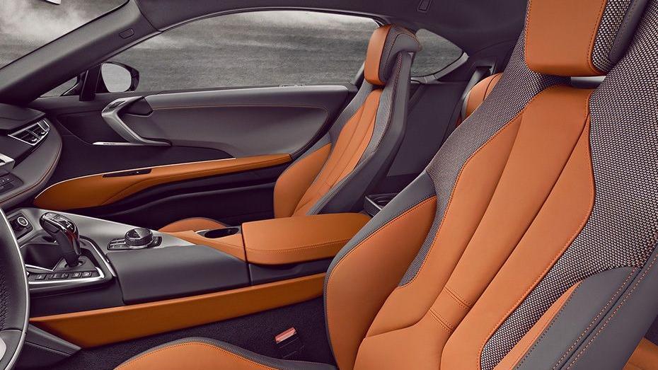 BMW I8 Coupe 2019 Interior 009