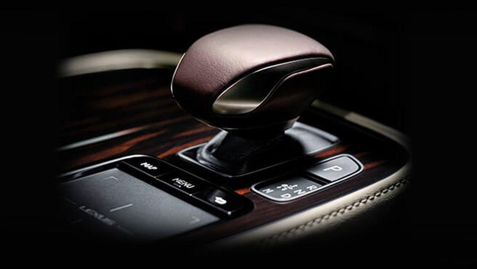 Lexus LS 2019 Interior 005