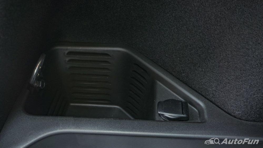 Renault Koleos Signature Interior 009
