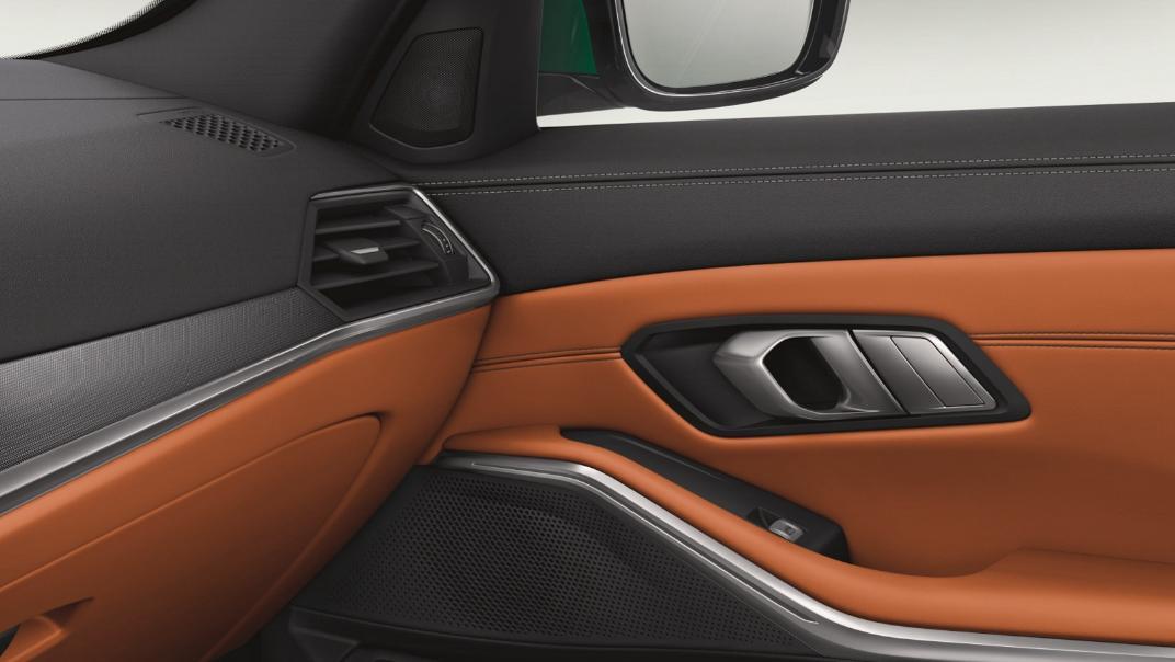 2021 BMW M3 Competition Interior 007
