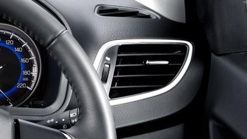 Suzuki Baleno 2019 Interior 003