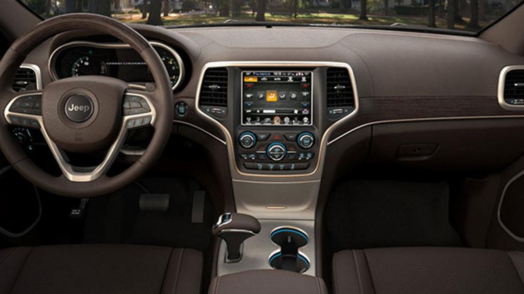 Jeep Grand Cherokee 2019 Interior 003