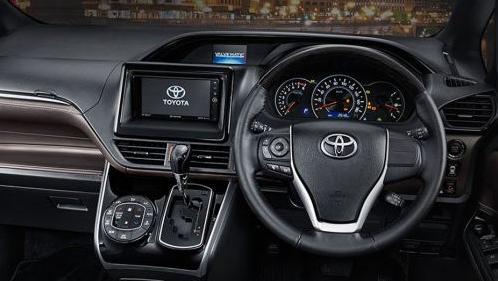 Toyota Voxy 2019 Interior 002