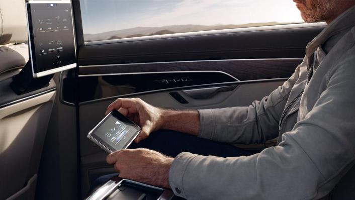 Audi A8 L 2019 Interior 005