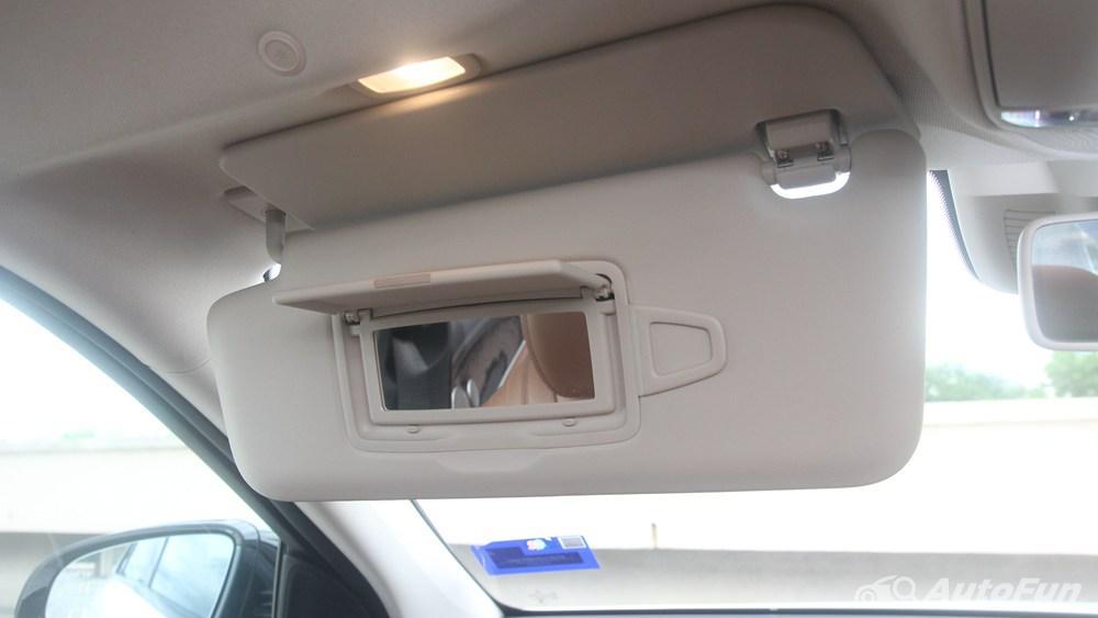 Mercedes-Benz E-Class 2019 Interior 118
