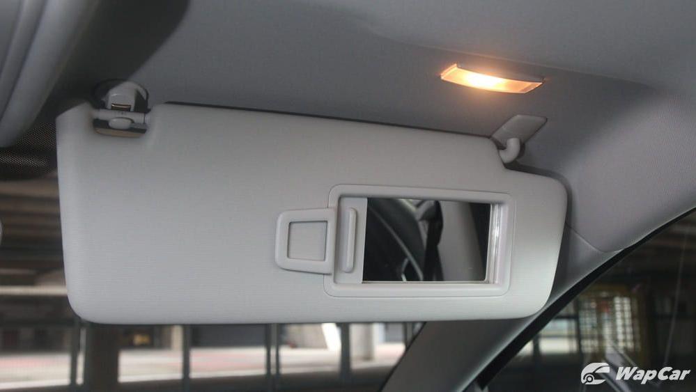 Volkswagen Golf 2019 Interior 048