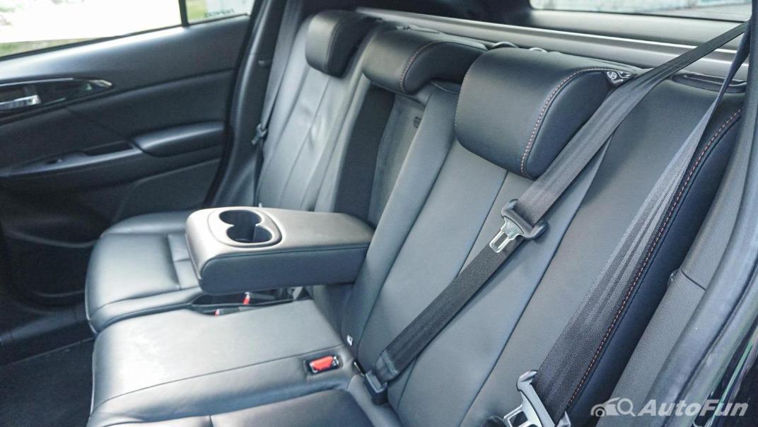 Mitsubishi Eclipse Cross 1.5L Interior 058