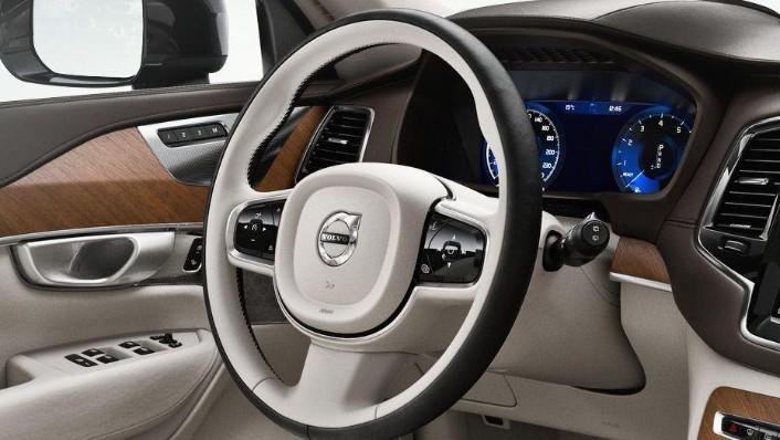 Volvo XC90 2019 Interior 002