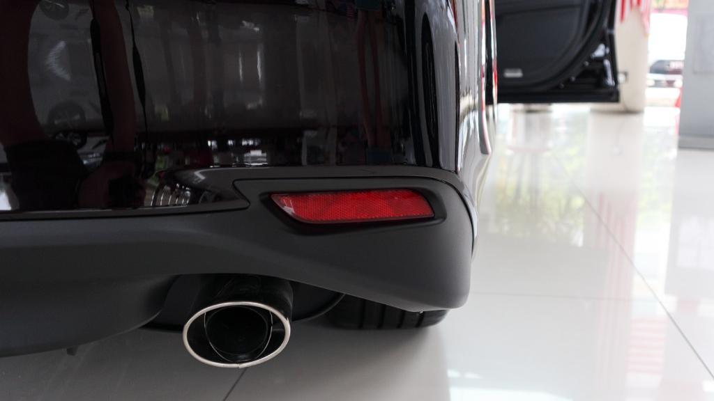 Toyota Camry 2019 Exterior 014
