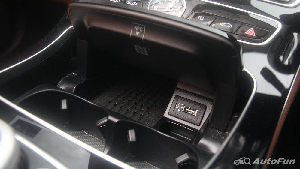 Mercedes-Benz E-Class 2019 Interior 085