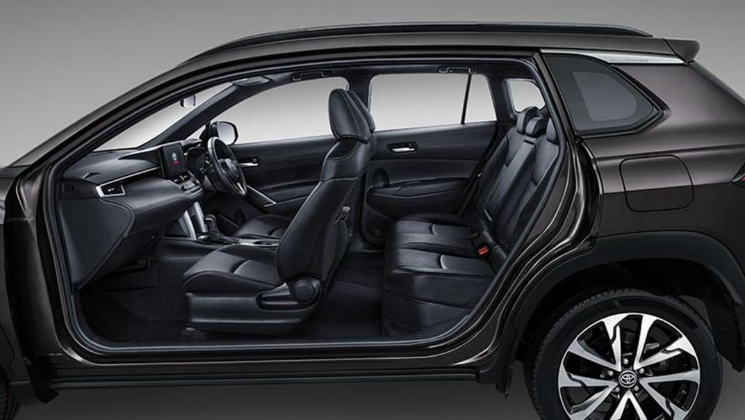 Toyota Corolla Cross Interior 009