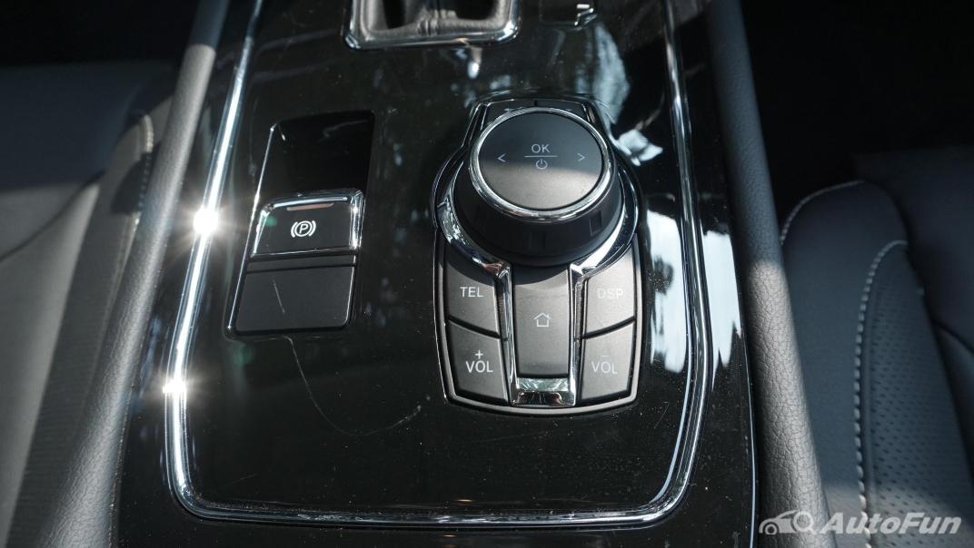 DFSK Glory i-Auto Intelligent Interior 035