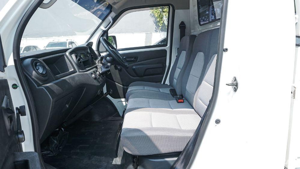 DFSK Super Cab 2019 Interior 015