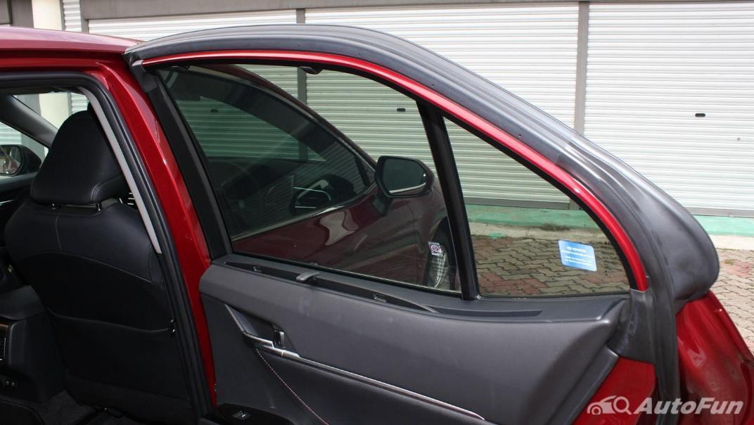 Toyota Camry 2019 Interior 077