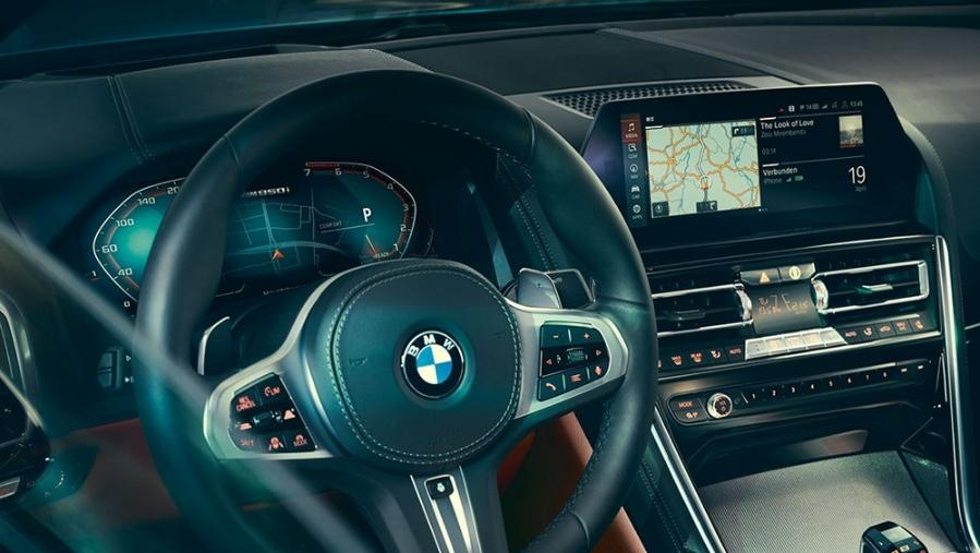 BMW 8 Series Coupe 2019 Interior 002