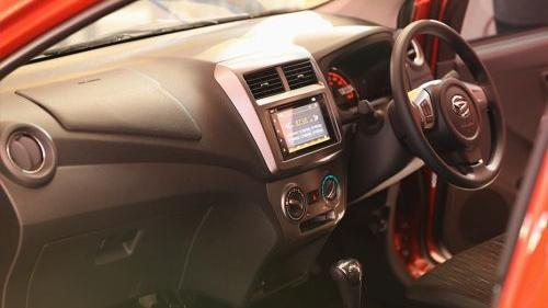 Daihatsu Ayla 2019 Interior 003