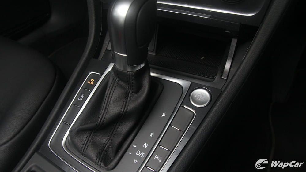 Volkswagen Golf 2019 Interior 018