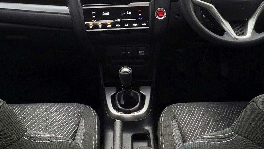 Honda WRV 2019 Interior 006