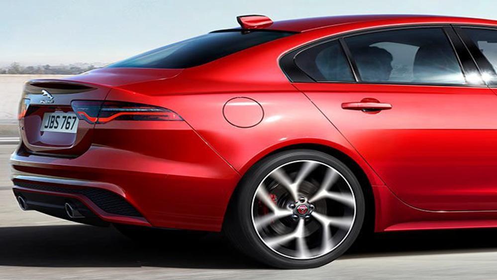 Jaguar XE 2019 Exterior 012