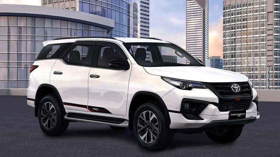 Toyota Fortuner 2019 Exterior 032