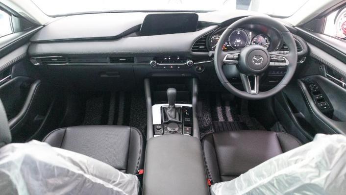 Mazda 3 2019 Interior 001