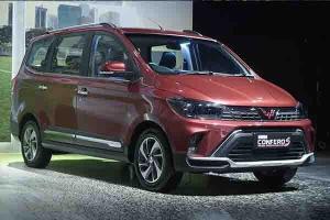 Si Kembar Beda Negara, Mana Lebih Keren Antara Wuling Confero 2021 Facelift Vs Wuling Hongguang Plus 2021?