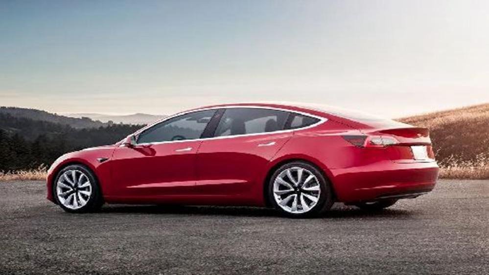 Tesla Model 3 2019 Exterior 004