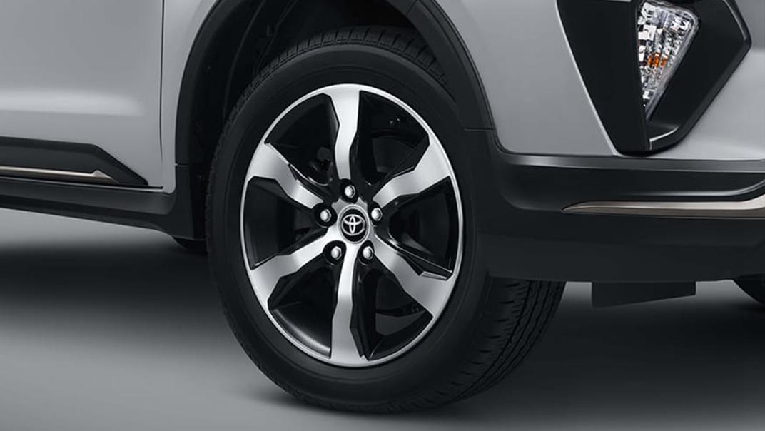 2020 Toyota Kijang Innova 2.0 V Luxury A/T Exterior 003