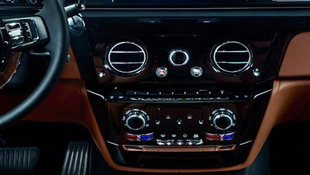 Rolls Royce Phantom 2019 Interior 003