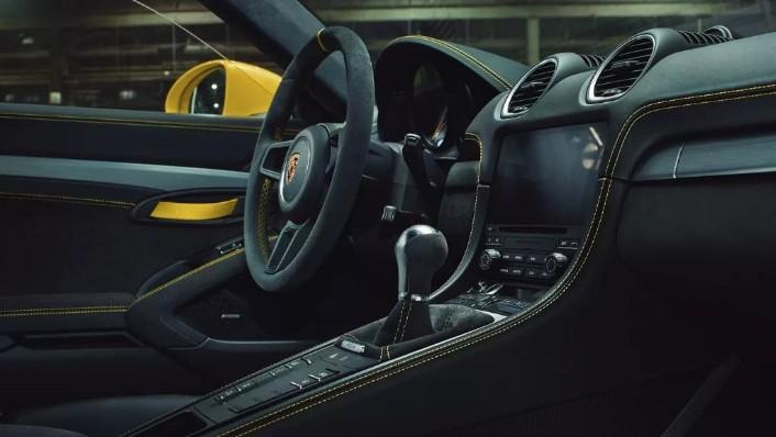 Porsche 718 2019 Interior 007