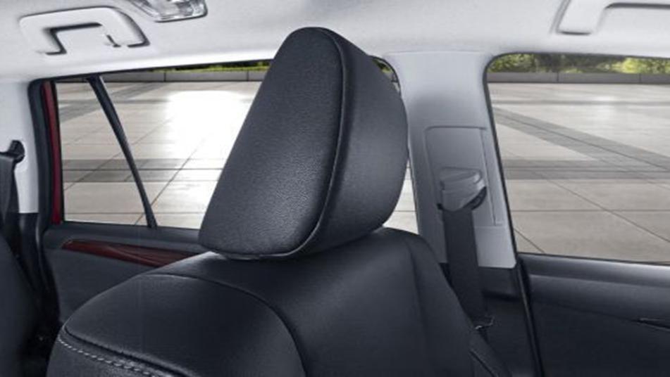 Toyota Venturer 2019 Interior 005