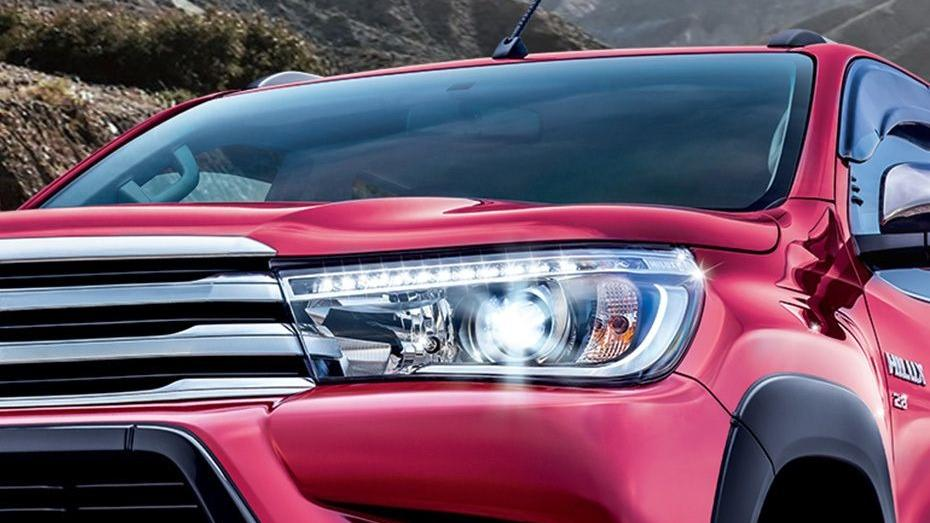 Toyota Hilux 2019 Exterior 032