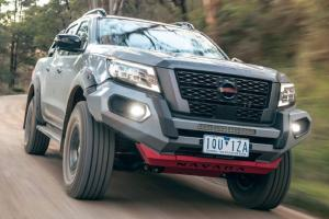 Tantang Ford Ranger Raptor, Nissan Hadirkan Navara Paling Tangguh di Dunia