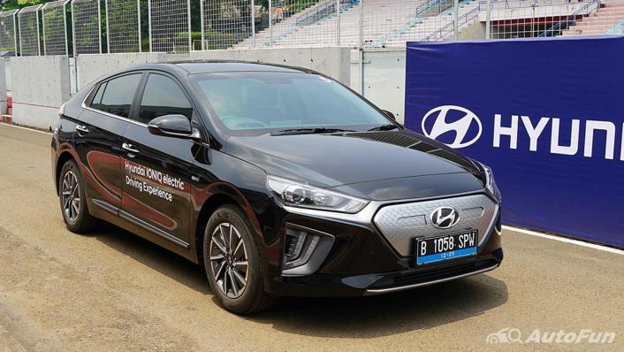 2021 Hyundai Ioniq Electric Exterior 002