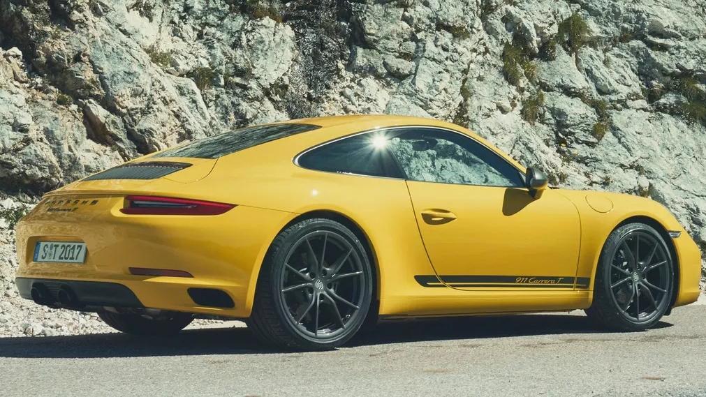 Porsche 911 2019 Exterior 064