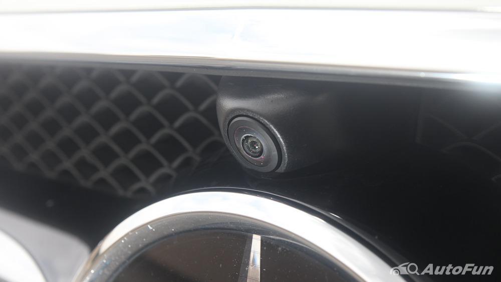 Mercedes-Benz E-Class 2019 Exterior 045