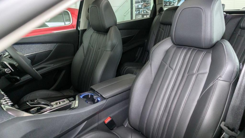 Peugeot 5008 2019 Interior 027