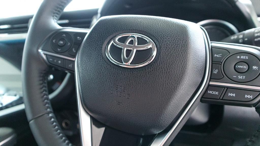 Toyota Camry 2019 Interior 007