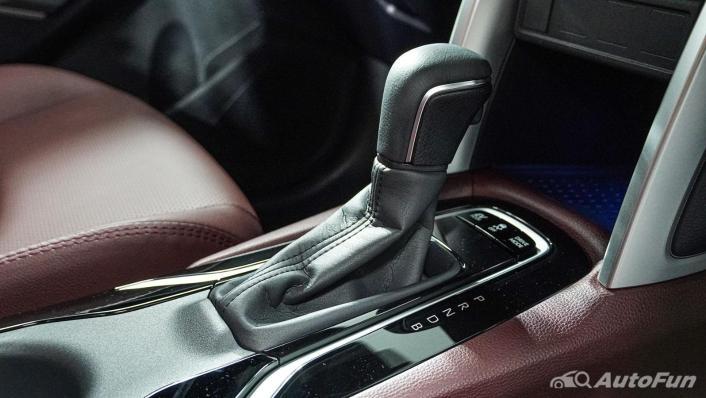 Toyota Corolla Cross Hybrid Interior 008