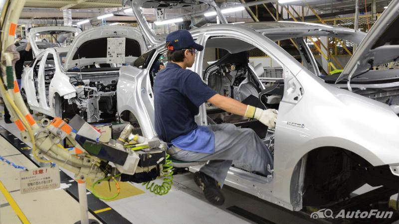 Kasus Covid-19 Hantam Suplai Komponen, Toyota Tutup 3 Pabrik di Thailand. Bagaimana Nasib Toyota Corolla Cross dan Camry? 02
