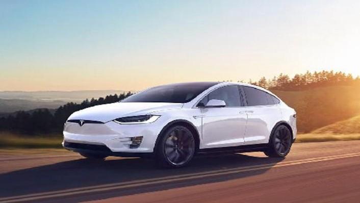 Tesla Model X 2019 Exterior 001