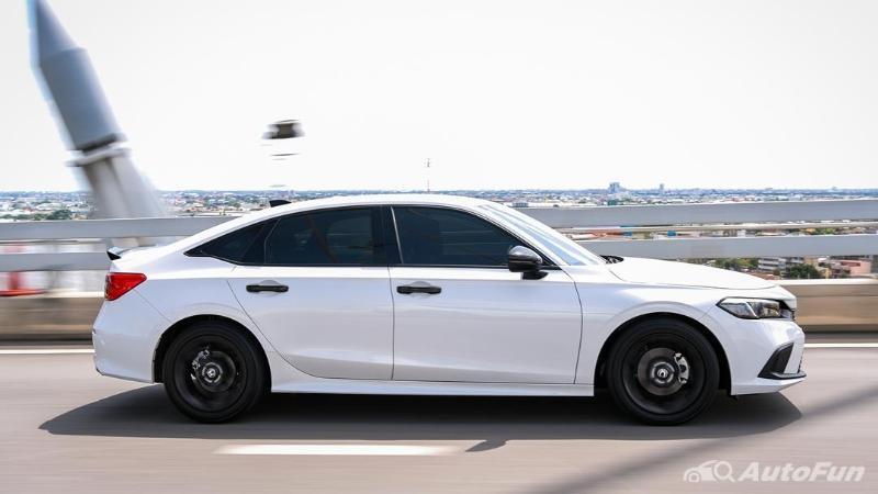 First Drive Honda Civic RS 2022 di Thailand, Suspensi Lebih Lembut, Toyota Corolla Altis Perlu Waspada 02