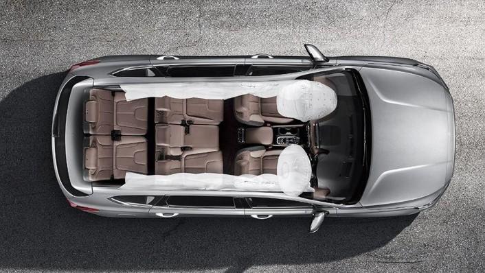Hyundai Santa Fe 2019 Interior 010